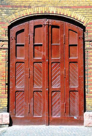 puertas antiguas: Las puertas viejas