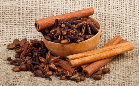 indian bean: aromatic spices