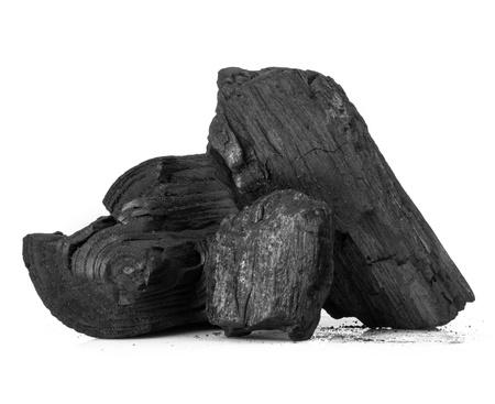 Stuk van gebroken hout kolen geïsoleerd op witte achtergrond