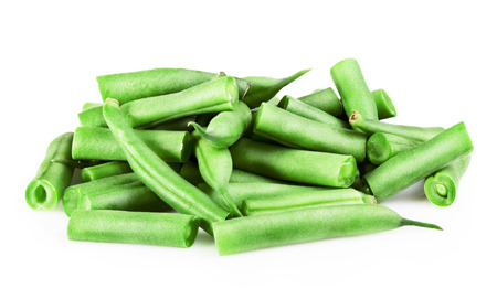 haricot vert: Fresh green beans on a white background