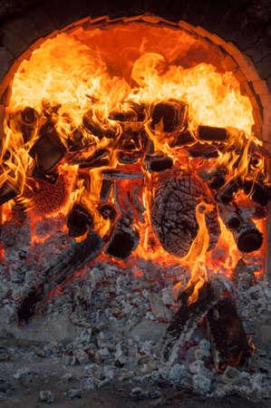 forno, arte cerâmica, forno de cerâmica, belas artes, forno de pedra e fogo Foto de archivo