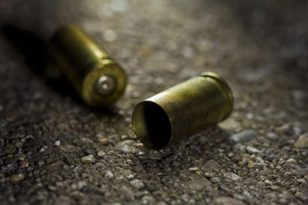 escena del crimen: Dos casquillos de bala