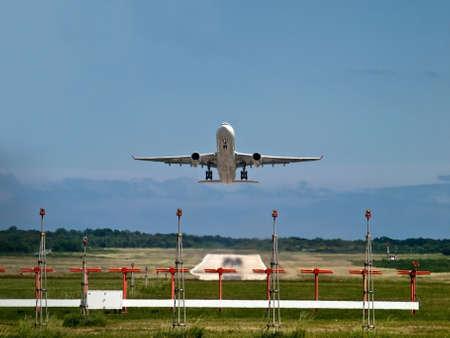 Flugzeug Abnehmen Standard-Bild