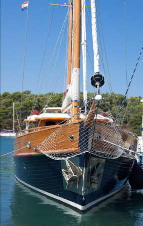 prow: prow of wooden sailboat - front view