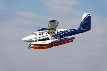 hydroplane: seaplane landing