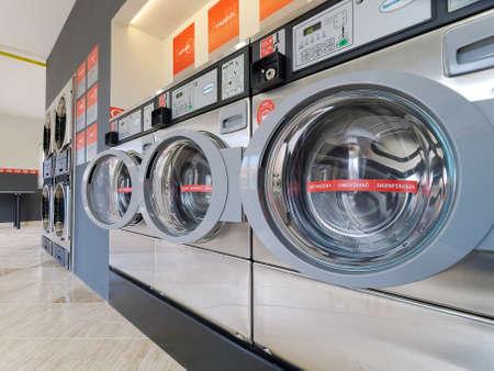 Münz waschmaschinen münz trockner und waschmaschine in einem marine