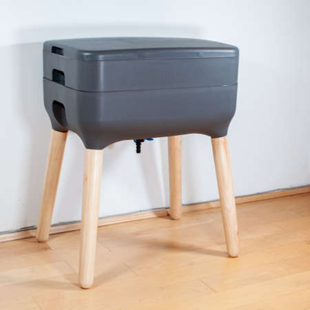 "A sleek, modern looking indoor worm composter is the perfect solution for apartment living, and composting your household kitchen waste! This 2 tier worm farm will product worm castings and ""worm tea"""