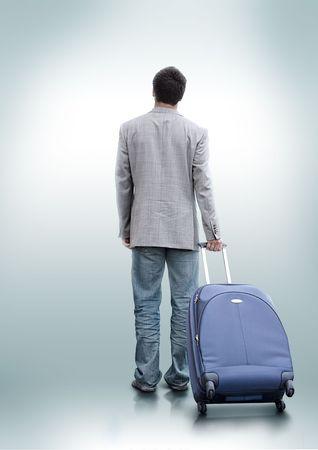 Een persoon die heeft besloten om te reizen.
