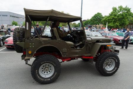 u s: BERLIN - MAY 11  U S  Army SUV since World War II Jeep Willys MB, 26th Oldtimer-Tage Berlin-Brandenburg, May 11, 2013 Berlin, Germany Editorial