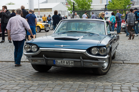 tage: BERLIN - MAY 11: Personal Luxury Car Ford Thunderbird two-door hardtop coupe (third generation), front view, 26th Oldtimer-Tage Berlin-Brandenburg, May 11, 2013 Berlin, Germany Editorial