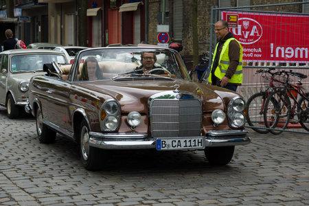 tage: BERLIN - MAY 11: Car Mercedes-Benz 280 SE Cabriolet (W111), 26th Oldtimer-Tage Berlin-Brandenburg, May 11, 2013 Berlin, Germany