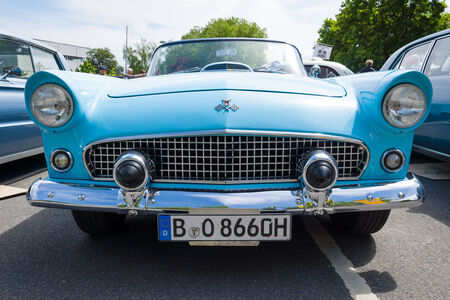 thunderbird: BERLIN, GERMANY - MAY 17, 2014: Personal luxury car Ford Thunderbird (first generation). 27th Oldtimer Day Berlin - Brandenburg  Editorial