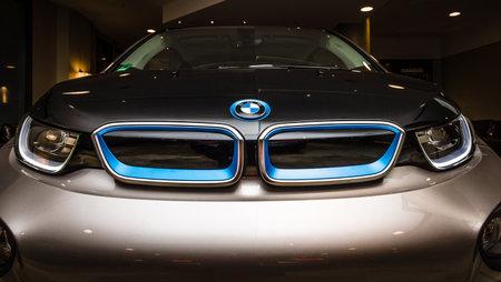 developed: BERL�N - 28 de noviembre 2014: Showroom. El BMW i3, previamente Mega City Vehicle (MCV), es un coche el�ctrico urbano de cinco puertas desarrollado por el fabricante alem�n BMW.