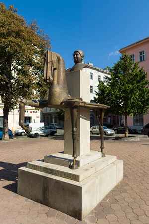 satirist: PRAGUE, CZECH REPUBLIC - SEPTEMBER 04, 2014: The monument to the famous Czech writer Jaroslav Hasek by, Karel Nepras and Karoliny Neprasove-Krackove.