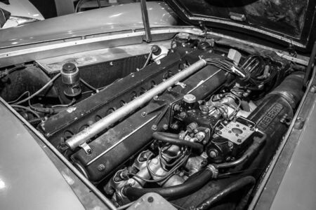 superleggera: MAASTRICHT, NETHERLANDS - JANUARY 08, 2015: Engine of a car Maserati 3500 GTi (Tipo 101), 1963. Black and white. International Exhibition InterClassics & Topmobiel 2015 Editorial