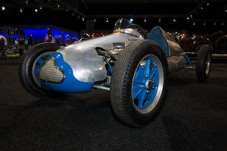 mk: Maastricht, Holanda - 08 de enero 2015: Carreras de coches Cooper MK V, 1951. Exposici�n Internacional InterClassics y Topmobiel 2015