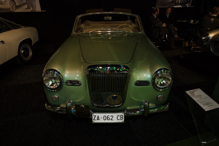 roadster: MAASTRICHT, NETHERLANDS - JANUARY 08, 2015: Roadster Siata Daina Trasformabile, 1952. International Exhibition InterClassics & Topmobiel 2015