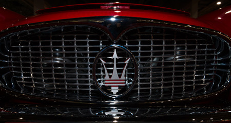 car grill: MAASTRICHT, NETHERLANDS - JANUARY 08, 2015: Radiator grill and emblem of a car Maserati 3500 GT Coupe (Tipo 101), 1959. International Exhibition InterClassics & Topmobiel 2015 Editorial