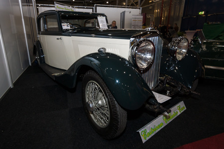 litre: MAASTRICHT, NETHERLANDS - JANUARY 09, 2015: Full-size luxury car Bentley 3.5 Litre (Sports saloon by Park Ward), 1935. International Exhibition InterClassics & Topmobiel 2015