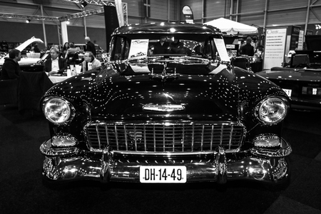 bel air: MAASTRICHT, NETHERLANDS - JANUARY 09, 2015: Full-size car Chevrolet Bel Air Coupe, 1955. Black and white. International Exhibition InterClassics & Topmobiel 2015