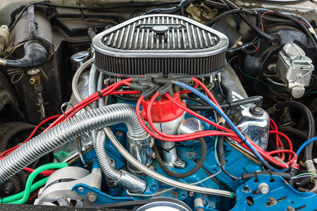 thunderbird: BERLIN - MAY 10, 2015: Engine of a Ford Thunderbird close-up, 1977. The 28th Berlin-Brandenburg Oldtimer Day