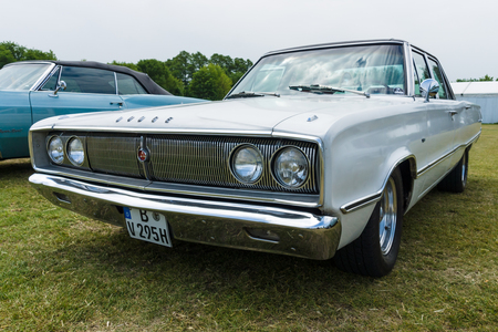 coronet: PAAREN IM GLIEN, GERMANY - MAY 23, 2015: Mid-size car Dodge Coronet 440, 1967. The oldtimer show in MAFZ.