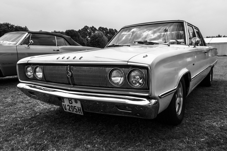 coronet: PAAREN IM GLIEN, GERMANY - MAY 23, 2015: Mid-size car Dodge Coronet 440, 1967. Black and white. The oldtimer show in MAFZ. Editorial
