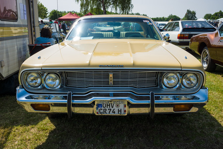 custom car: PAAREN IM GLIEN, GERMANY - MAY 23, 2015: Mid-size car Plymouth Satellite Custom, 1974. The oldtimer show in MAFZ. Editorial