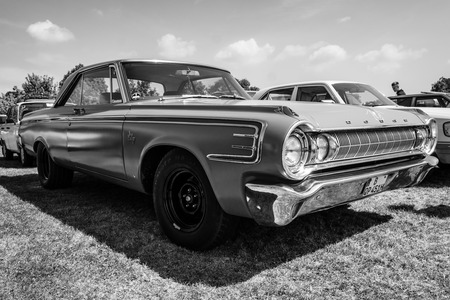 dodge: PAAREN IM GLIEN, GERMANY - MAY 23, 2015: Full-size car Dodge Polara, 1964. Black and white. The oldtimer show in MAFZ.