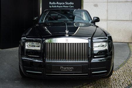 phantom: BERLIN - JUNE 14, 2015: Luxury car Rolls-Royce Phantom Drophead Coupe (since 2007). The Classic Days on Kurfuerstendamm. Editorial