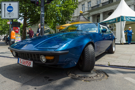 diplomat: BERLIN - JUNE 14, 2015: Sports car Bitter Diplomat CD, 1974. The Classic Days on Kurfuerstendamm. Editorial