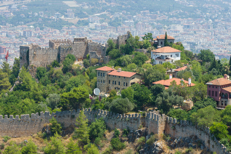 alanya: ALANYA, TURKEY - JULY 09, 2015: Houses in the central districts of Alanya. The view from the birds eye view. Alanya - a popular holiday destination for European tourists. Editorial