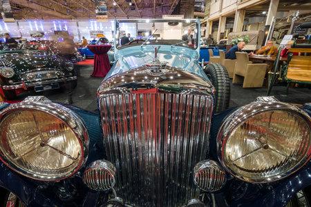 litre: MAASTRICHT, NETHERLANDS - JANUARY 14, 2016: Detail of retro car Bentley 4 14 Litre, 1937. International Exhibition InterClassics & Topmobiel 2016