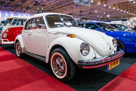 cultic: MAASTRICHT, NETHERLANDS - JANUARY 14, 2016: Subcompact Volkswagen Beetle. International Exhibition InterClassics & Topmobiel 2016