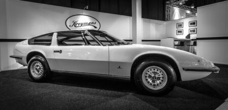 indy cars: MAASTRICHT, NETHERLANDS - JANUARY 14, 2016: Sports car Maserati Indy (Tipo AM 116). Giovanni Michelotti at Vignale-designed body. Black and white.  International Exhibition InterClassics & Topmobiel 2016