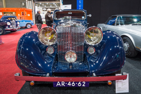 gurney: MAASTRICHT, NETHERLANDS - JANUARY 15, 2016: Luxury car Bentley 3.5 Litre Coupe by Gurney Nutting, 1936. International Exhibition InterClassics & Topmobiel 2016 Editorial