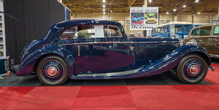 litre: MAASTRICHT, NETHERLANDS - JANUARY 15, 2016: Luxury car Bentley 3.5 Litre Coupe by Gurney Nutting, 1936. International Exhibition InterClassics & Topmobiel 2016 Editorial