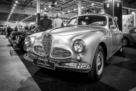 romeo: MAASTRICHT, NETHERLANDS - JANUARY 15, 2016: Executive car Alfa Romeo 1900 Berlina, 1954. Black and white. International Exhibition InterClassics & Topmobiel 2016 Editorial