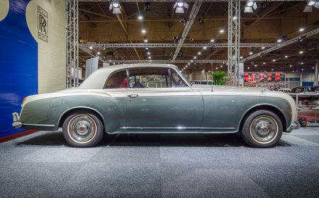 MAASTRICHT, NETHERLANDS - JANUARY 15, 2016: Luxury car Bentley S3 Continental Coupe by Mulliner & Park Ward, 1964. International Exhibition InterClassics & Topmobiel 2016