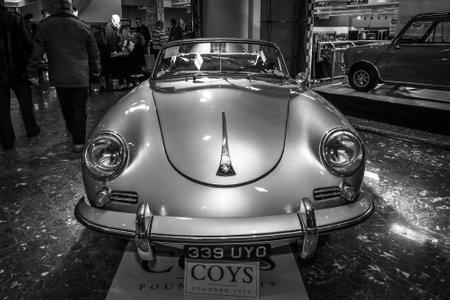 speedster: MAASTRICHT, NETHERLANDS - JANUARY 15, 2016: Sports car Porsche 356A Speedster, 1955. Black and white. International Exhibition InterClassics & Topmobiel 2016