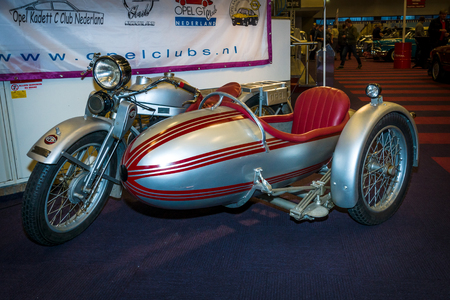 elite: MAASTRICHT, NETHERLANDS - JANUARY 15, 2016: Motorcycle with sidecar Opel Elite 500, 1928. International Exhibition InterClassics & Topmobiel 2016