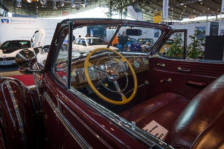 classics: STUTTGART, GERMANY - MARCH 17, 2016: Cabin of full-size car Buick Roadmaster Convertible, 1938. Europes greatest classic car exhibition RETRO CLASSICS