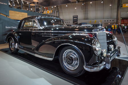sc: STUTTGART, GERMANY - MARCH 18, 2016: Vintage car Mercedes-Benz 300 Sc Coupe (W188 II), 1956. Europes greatest classic car exhibition RETRO CLASSICS