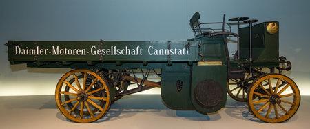 daimler: STUTTGART, GERMANY- MARCH 19, 2016: A truck Daimler Motor-Lastwagen, 1898. Mercedes-Benz Museum. Editorial