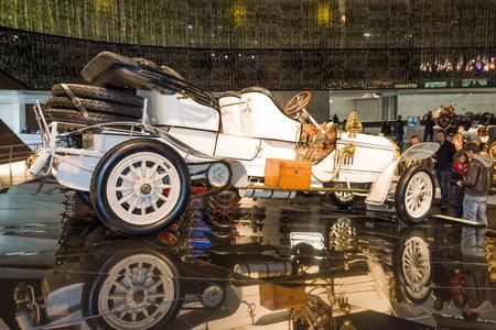 ps: STUTTGART, GERMANY- MARCH 19, 2016: Vintage car Mercedes 75 PS Doppelphaeton, 1907. Mercedes-Benz Museum.
