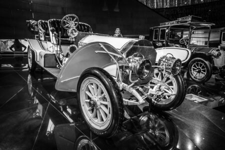 ps: STUTTGART, GERMANY- MARCH 19, 2016: Vintage car Mercedes 75 PS Doppelphaeton, 1907. Black and white.  Mercedes-Benz Museum.