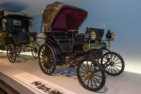 daimler: STUTTGART, GERMANY- MARCH 19, 2016: Vintage car Daimler Riemenwagen Vis-a-Vis (Daimler belt-driven car), 1896. Mercedes-Benz Museum. Editorial