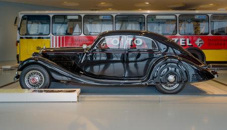 typ: STUTTGART, GERMANY- MARCH 19, 2016: Large luxury car Mercedes-Benz Typ 320 (W142II), Stromlinien-Limousine, 1939. Mercedes-Benz Museum.