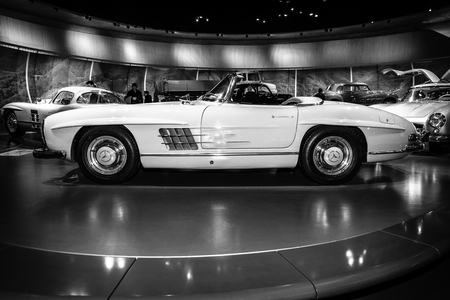 roadster: STUTTGART, GERMANY- MARCH 19, 2016: Sports car Mercedes-Benz 300 SL roadster, 1962. Black and white. Mercedes-Benz Museum.