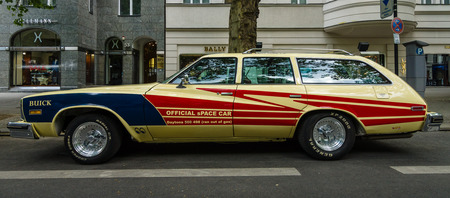 station wagon: BERLIN - JUNE 05, 2016: Mid-size car Buick Century, 4-door station wagon (Third generation), 1977. Classic Days Berlin 2016.
